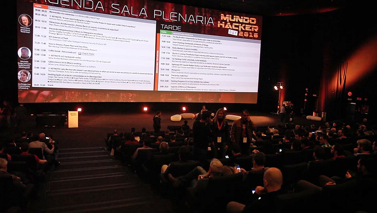 Mundo Hacker day 2016 auditorio